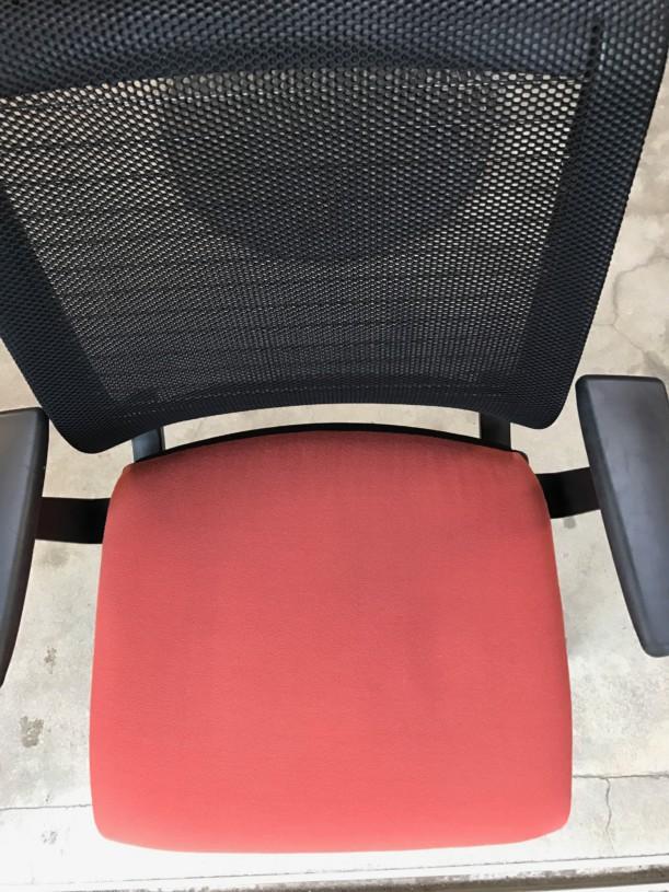 椅子洗浄作業後